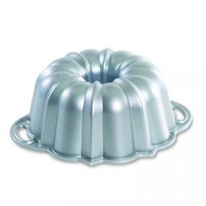 Cast Alum 6-Cup Bundt Pan , Nordicware