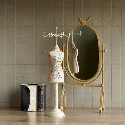http://www.palmerhaus.com/3930-thickbox/jewelry-hanger-sandals.jpg