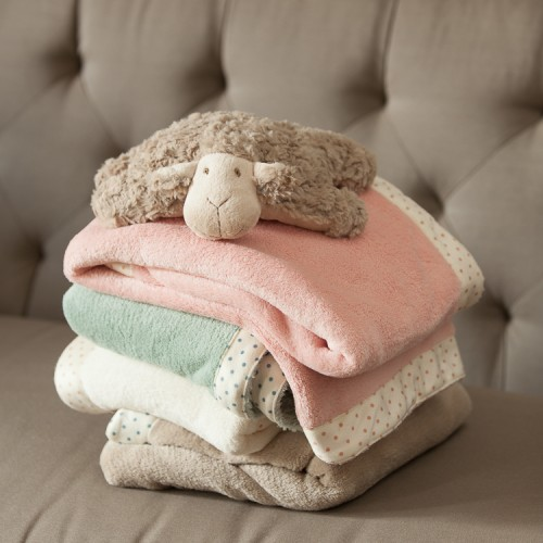 http://www.palmerhaus.com/471-thickbox/polkaedge-blanket.jpg