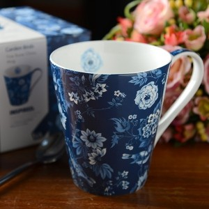 V&A Garden Birds Blue Fine Bone China Mug in Gift Box