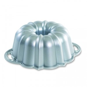 Cast Alum 6-Cup Bundt Pan , Nordicware