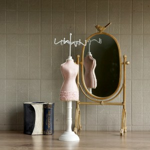 JEWELRY HANGER PINK DRESS