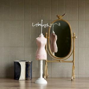 JEWELRY HANGER PINK DRESS