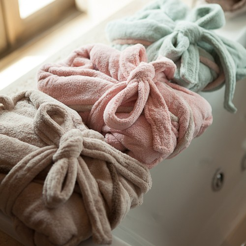 http://www.palmerhaus.com/472-thickbox/twotone-kids-bathrobe.jpg