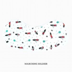 MARCHING SOLDIER Burp & Bib