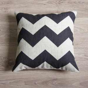 Black Large Zig Zag Pillow Cover