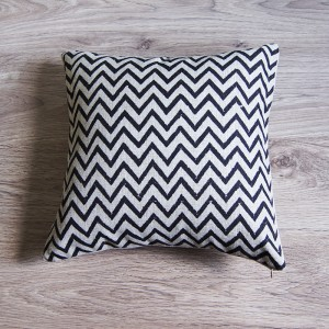 Black Small Zig Zag Pillow Cover
