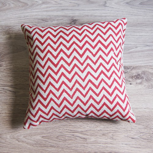 http://www.palmerhaus.com/674-thickbox/red-small-zig-zag-pillow-cover.jpg