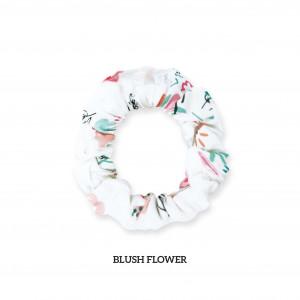 BLUSH FLOWER Scrunchie